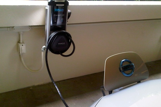 2011 Nissan Leaf: GM is Changing the Charging Rules in California