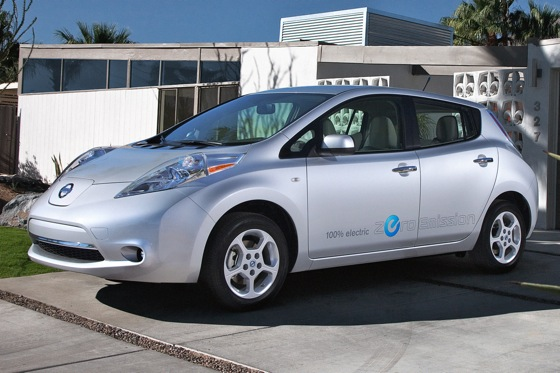 2011 Nissan Leaf: A Year of Thinking Differently