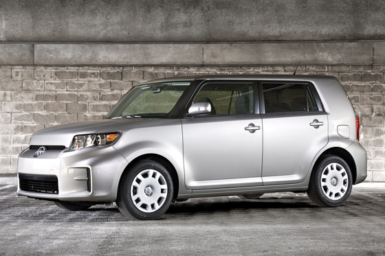 5 Reasons to Buy: 2011 Scion xB