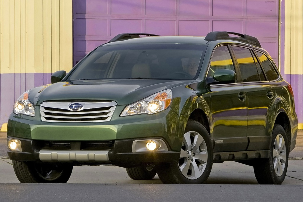2012 Subaru Outback: New Car Review