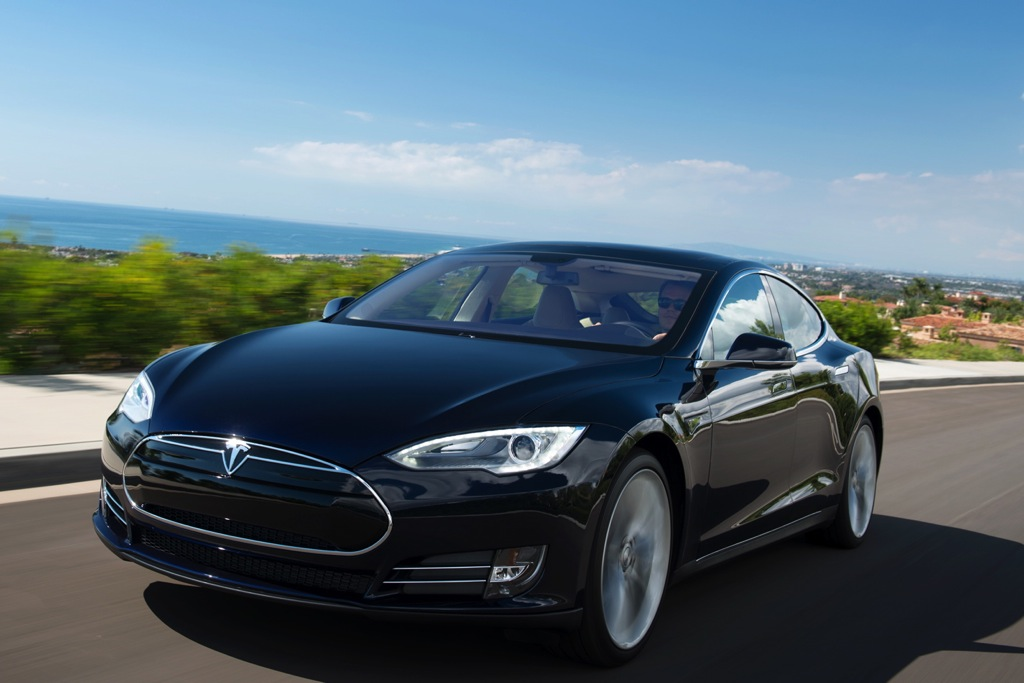 2013 Tesla Model S: Overview