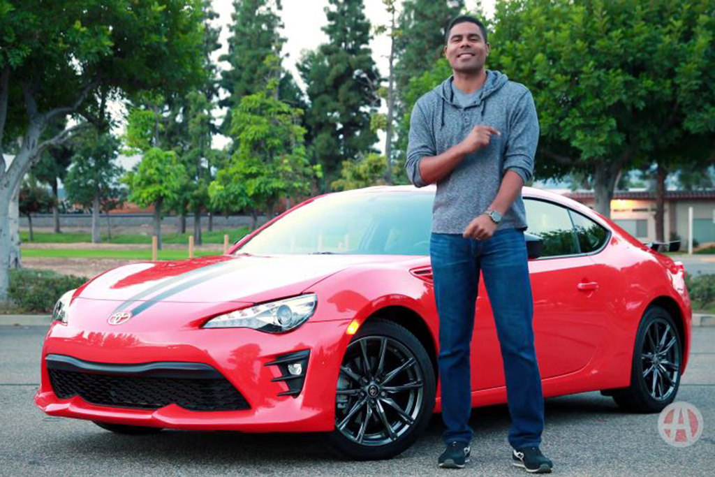 2017 Toyota 86: 5 Reasons to Buy - Video