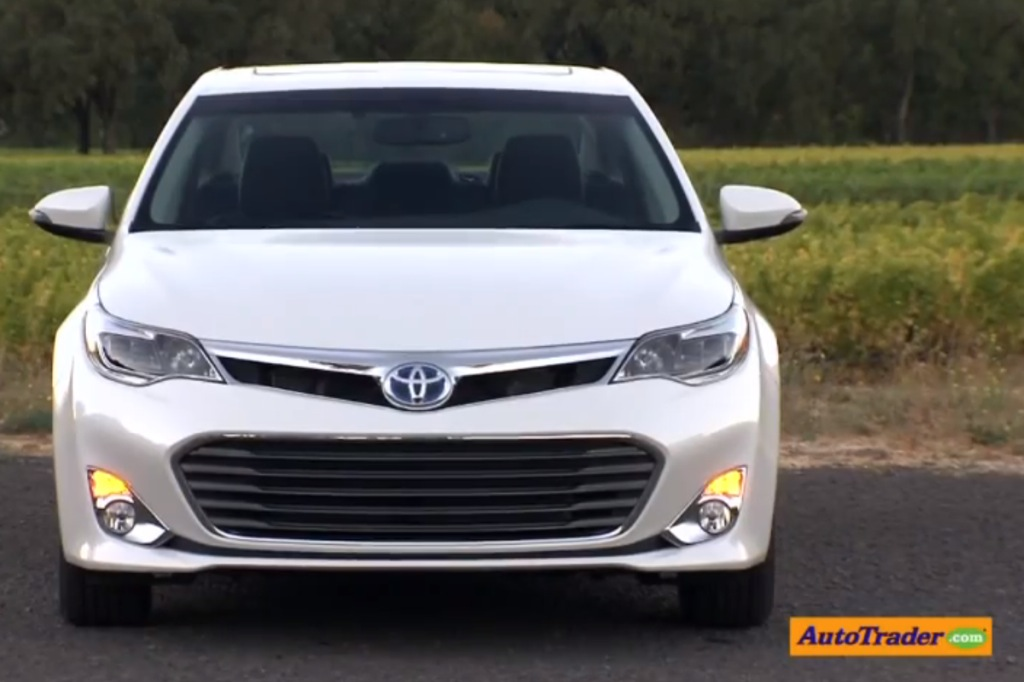 2013 Toyota Avalon: First Drive Review Video
