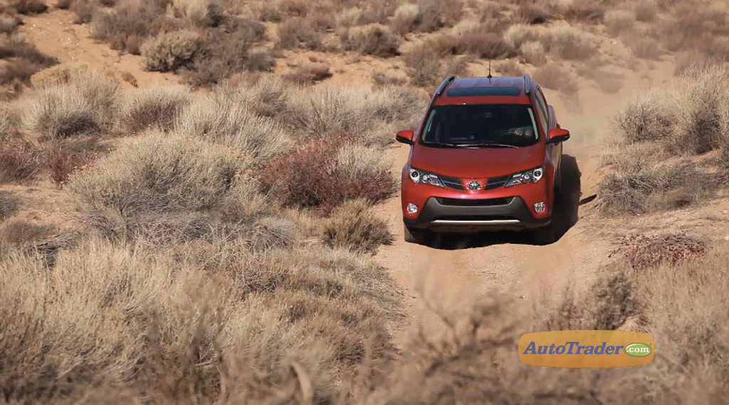 What's different about the all-wheel drive system in the 2013 Toyota RAV4?