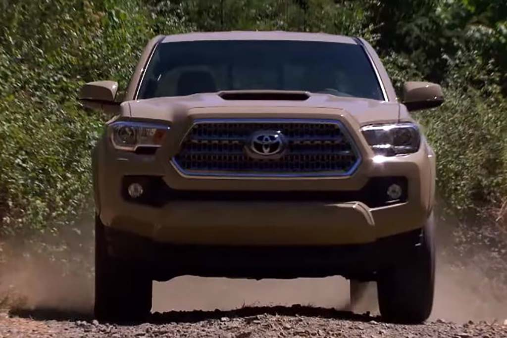 2016 Toyota Tacoma: Real World Review - Video
