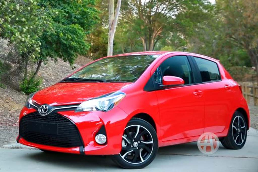2016 Toyota Yaris: 5 Reasons to Buy - Video