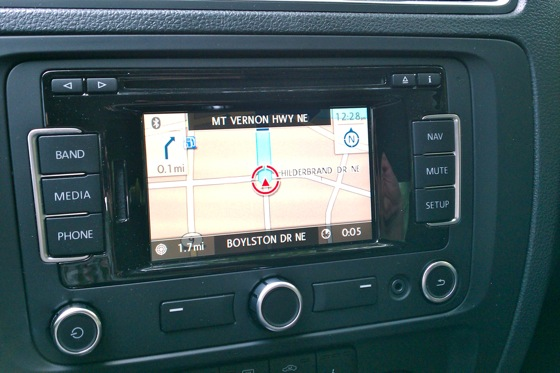 Jetta Test: VW Navigation featured image large thumb0