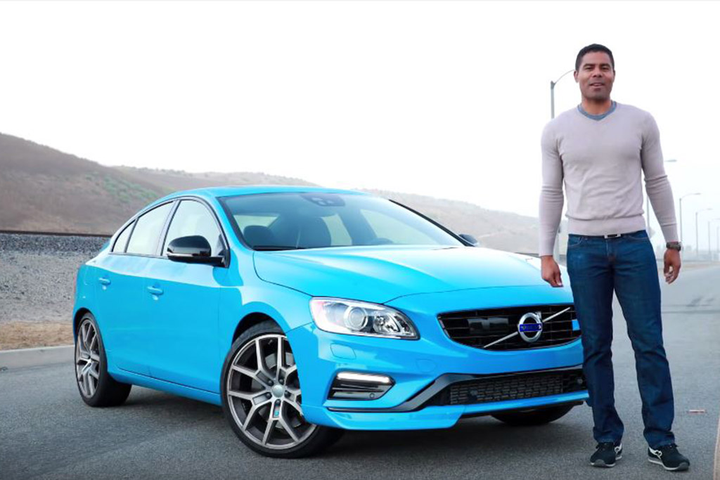 2016 Volvo S60: 5 Reasons to Buy - Video