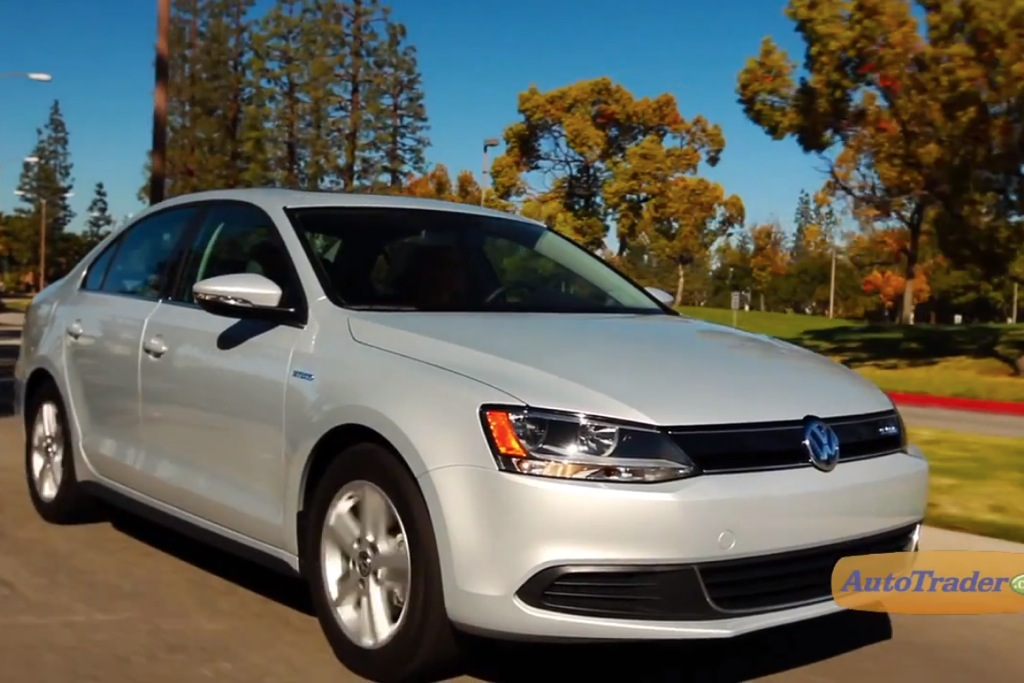 2013 VW Jetta Hybrid: 5 Reasons to Buy