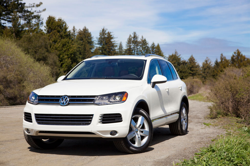 2012 Volkswagen Touareg: New Car Review