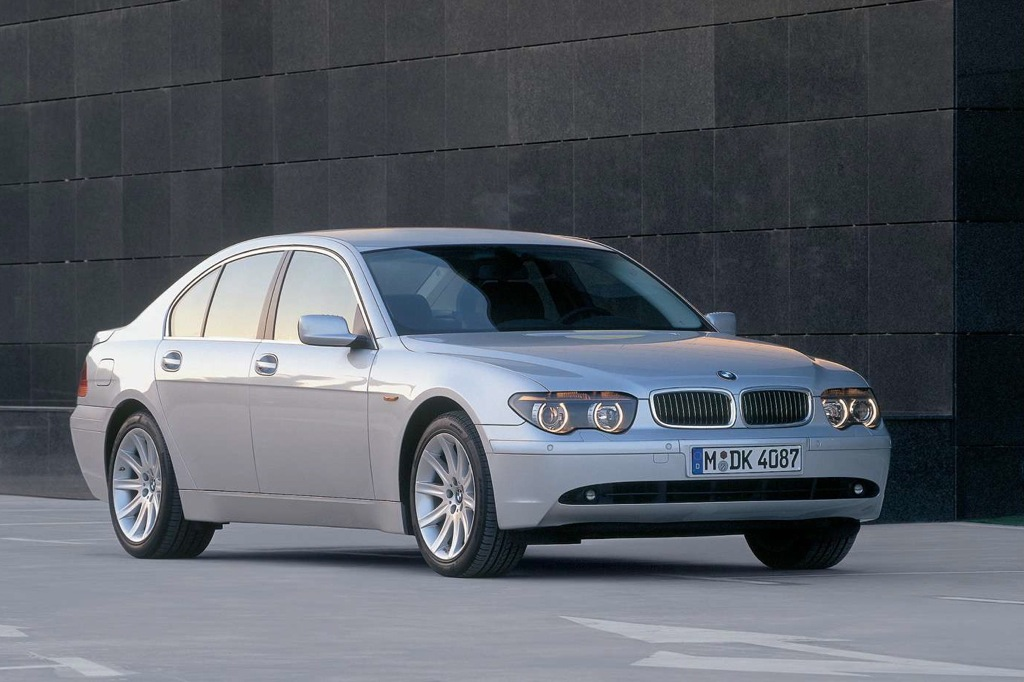 2002-2008 BMW 7 Series: Used Car Review featured image large thumb0