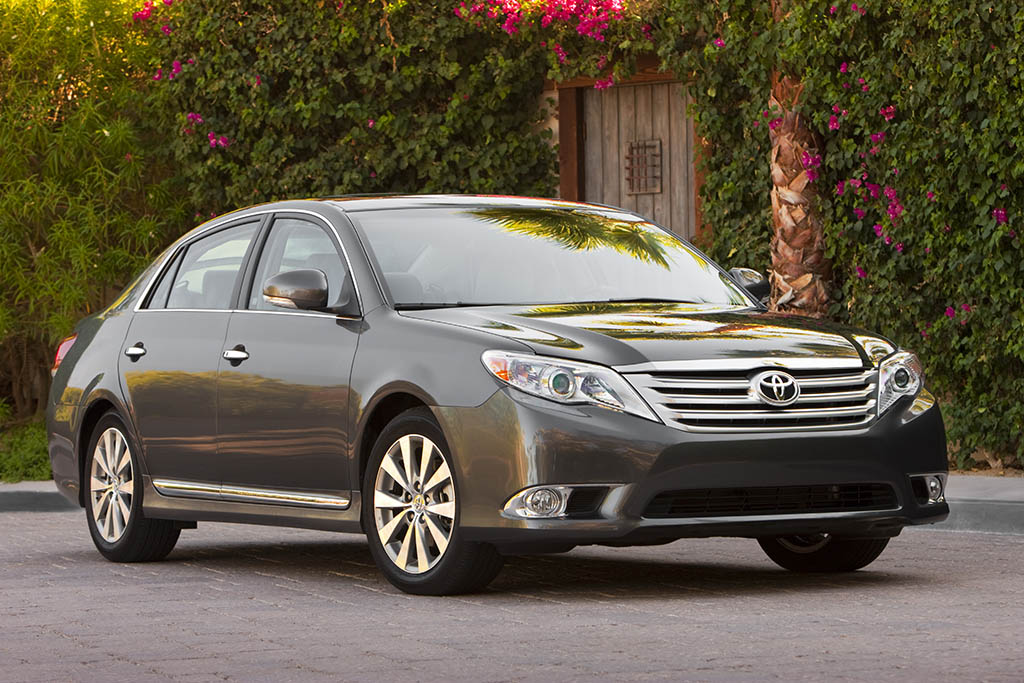 2012 Toyota Avalon: Used Car Review