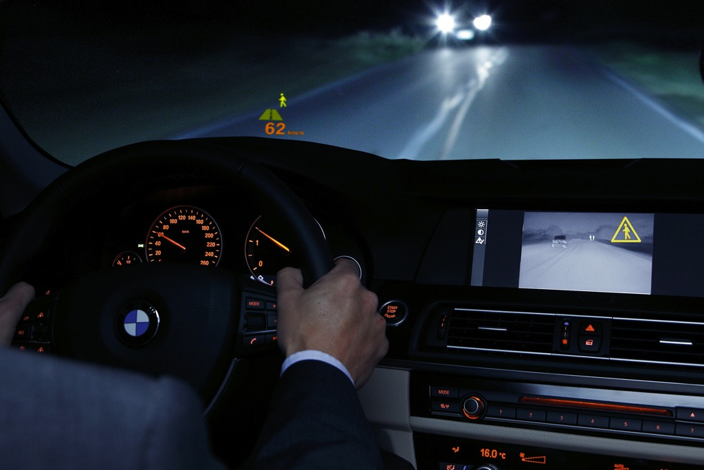 Car Safety Features That Help You Drive at Night