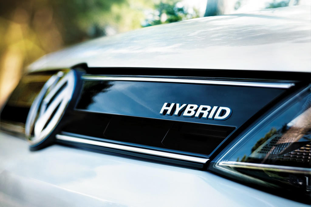 Top 5 Myths About Hybrid Cars