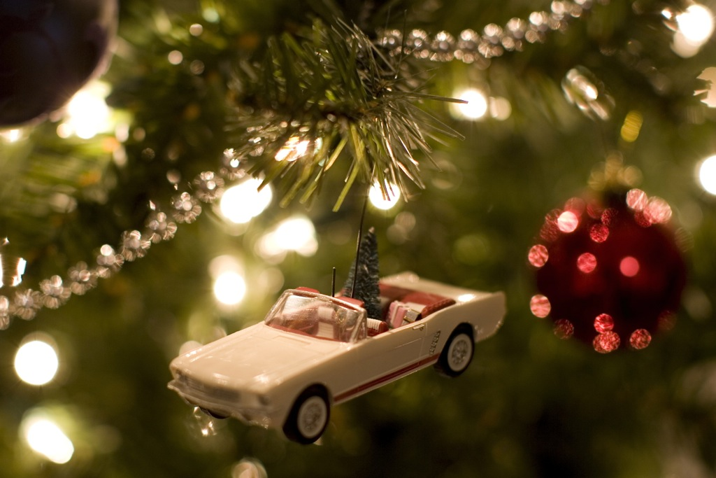 Top 7 Holiday Gifts for Car Lovers
