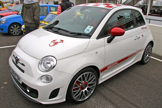 Fiat to Show 500 Abarth in LA featured image large thumb0