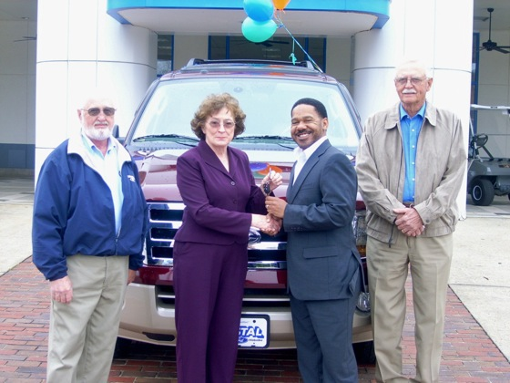 Alabama Grandmother Wins $50,000 in AutoTrader.com Sweepstakes featured image large thumb0