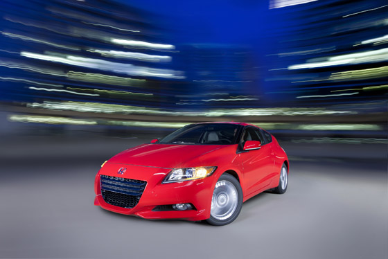 A New Hybrid Coupe on the Scene: The 2011 Honda CR-Z featured image large thumb0