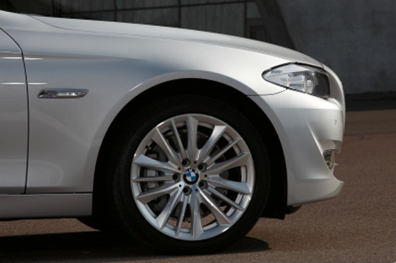 The 2011 BMW 5 Series: A Sell-Out featured image large thumb3