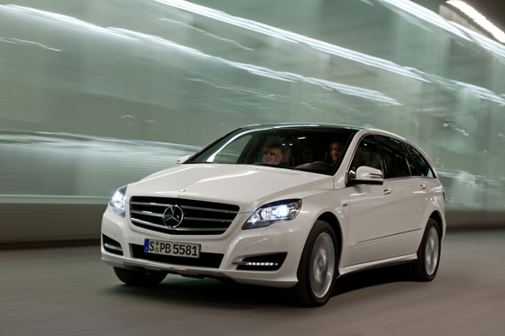 2011 Mercedes-Benz R-Class Gets Some Needed Machismo featured image large thumb1