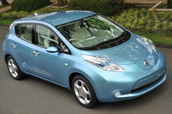 Back to the Future: First Drive of the All-Electric 2011 Nissan Leaf featured image large thumb5