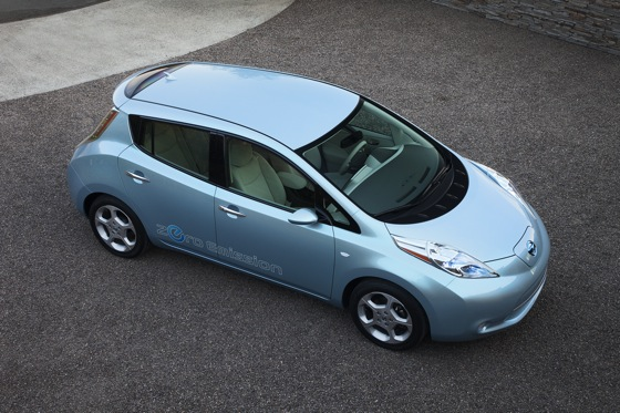 Back to the Future: First Drive of the All-Electric 2011 Nissan Leaf featured image large thumb6