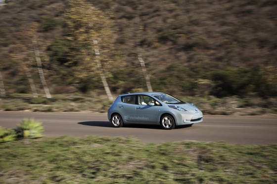 Back to the Future: First Drive of the All-Electric 2011 Nissan Leaf featured image large thumb8