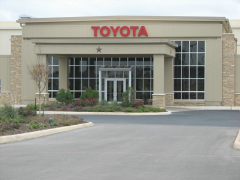Toyota Builds Seven Product Quality Field Offices featured image large thumb0