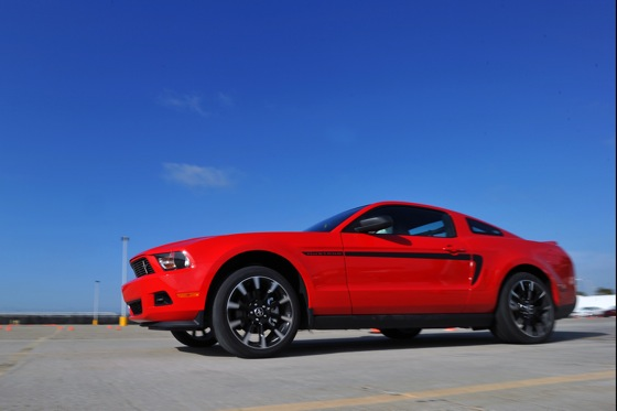 2011 Ford Mustang V6 - New Car Review featured image large thumb11
