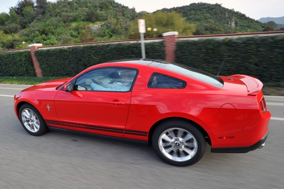 2011 Ford Mustang V6 - New Car Review featured image large thumb9