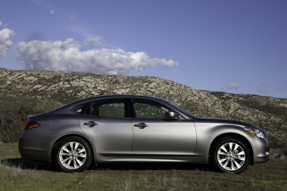 2011 Infiniti M37 - New Car Review featured image large thumb10