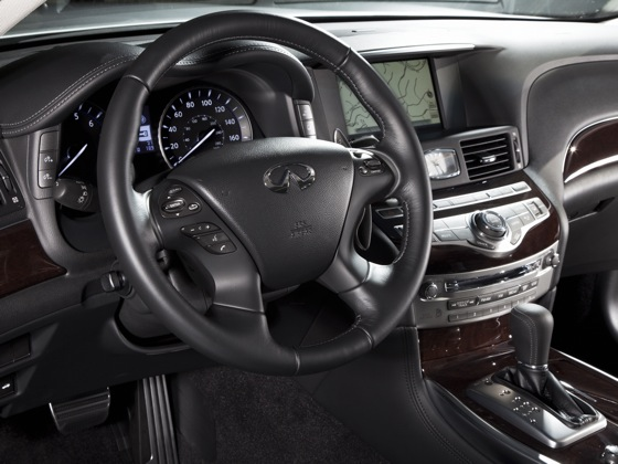 2011 Infiniti M37 - New Car Review featured image large thumb11