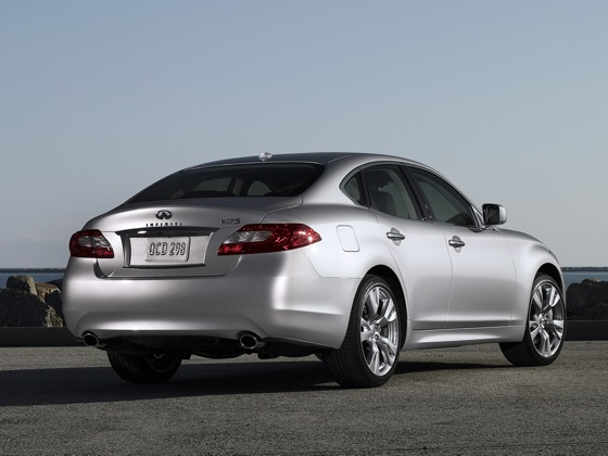 2011 Infiniti M37 - New Car Review featured image large thumb6
