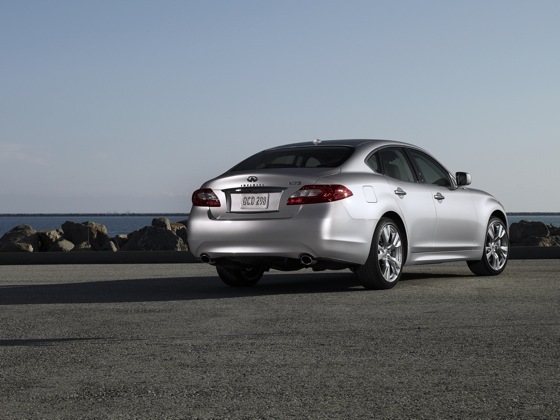 2011 Infiniti M37 - New Car Review featured image large thumb7