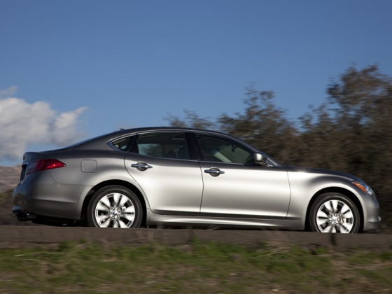 2011 Infiniti M37 - New Car Review featured image large thumb9