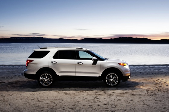 2011 Ford Explorer: The SUV Strikes Back featured image large thumb15