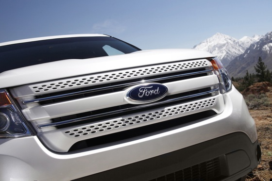 2011 Ford Explorer: The SUV Strikes Back featured image large thumb40