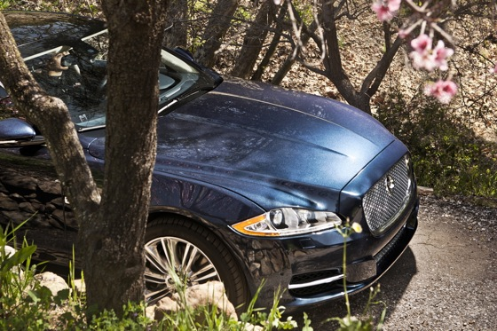 2011 Jaguar XJ - New Car Review featured image large thumb11