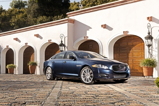 2011 Jaguar XJ - New Car Review featured image large thumb17