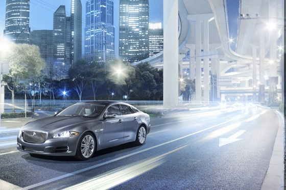2011 Jaguar XJ - New Car Review featured image large thumb21