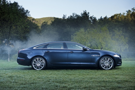 2011 Jaguar XJ - New Car Review featured image large thumb26