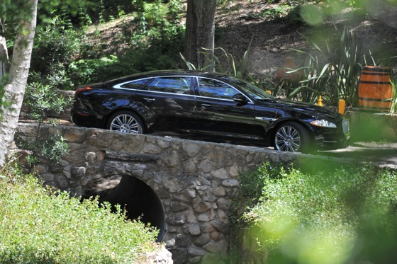 2011 Jaguar XJ - New Car Review featured image large thumb28