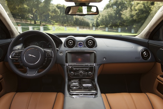 2011 Jaguar XJ - New Car Review featured image large thumb29
