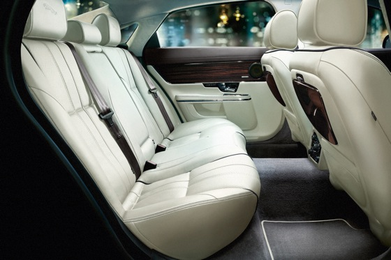 2011 Jaguar XJ - New Car Review featured image large thumb40