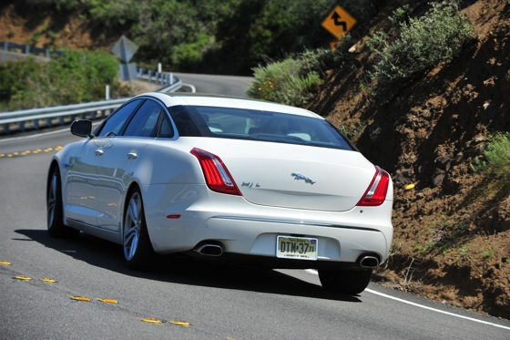 2011 Jaguar XJ - New Car Review featured image large thumb5