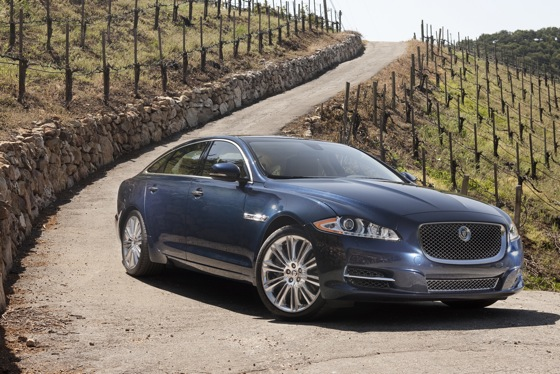 2011 Jaguar XJ - New Car Review featured image large thumb8