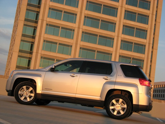 2010 GMC Terrain - New Car Review featured image large thumb20