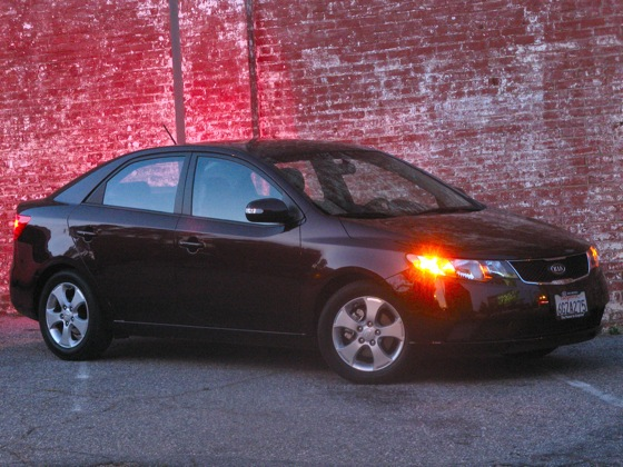 2010 Kia Forte - New Car Review featured image large thumb13