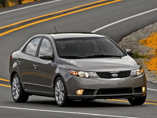2010 Kia Forte - New Car Review featured image large thumb15