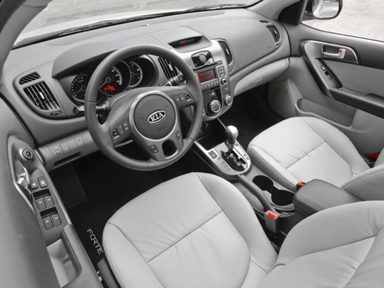 2010 Kia Forte - New Car Review featured image large thumb24